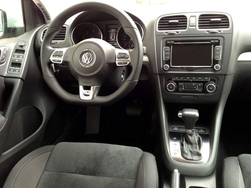 vw golf vi 2 0 tdi dpf dsg highline mit nahezu. Black Bedroom Furniture Sets. Home Design Ideas